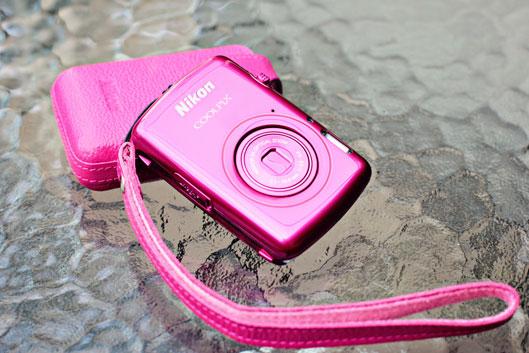 nikon-cool-pix-camera-pink