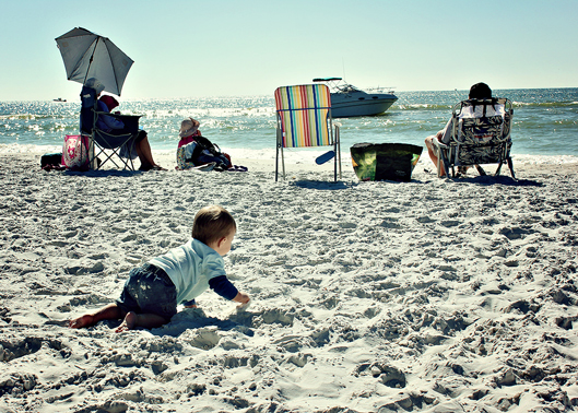 baby-crawling-to-the-ocean-