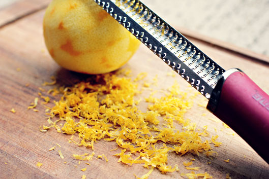 grating-lemon-peel