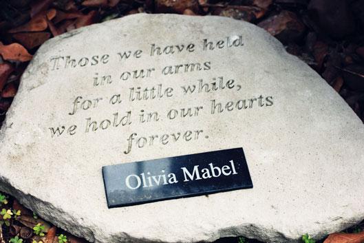 memorial-stone-plaque-for-b
