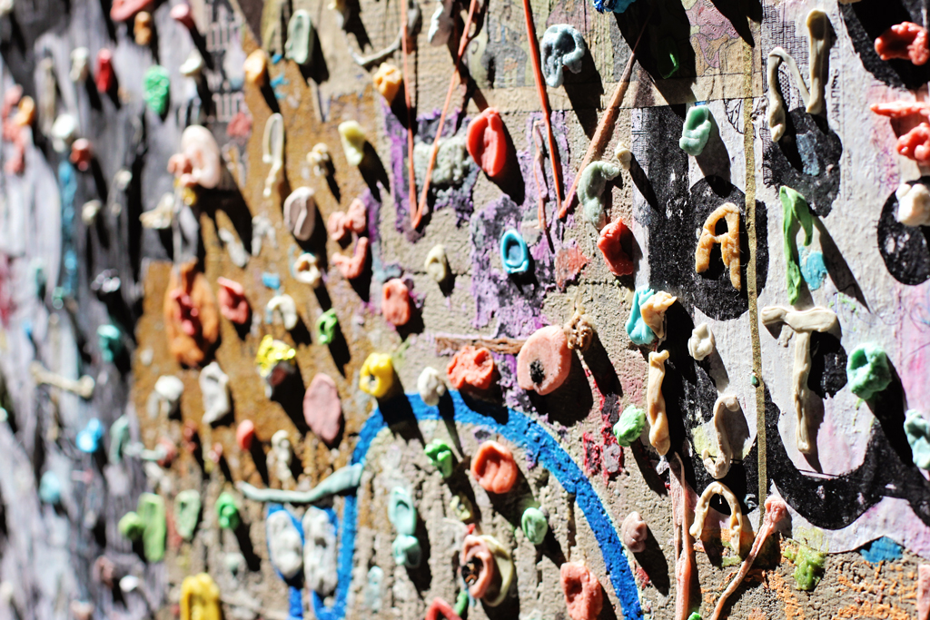 seattles-gum-wall-close-up