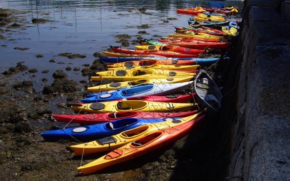 colorful-kayaks-rockport-massachutes
