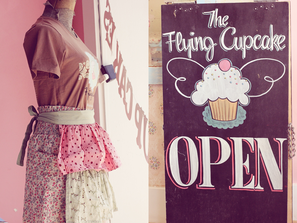 flying-cupcake-sign-indianapolis-indiana
