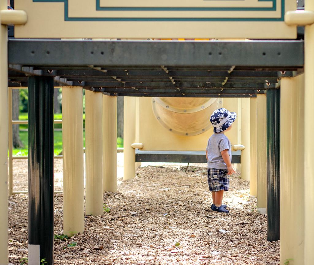 playground-tunnel