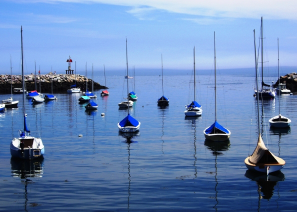 sailboats-in-rockport-massachutes