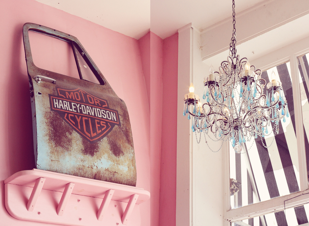 the-flying-cupcake-interior-decor-indianapolis