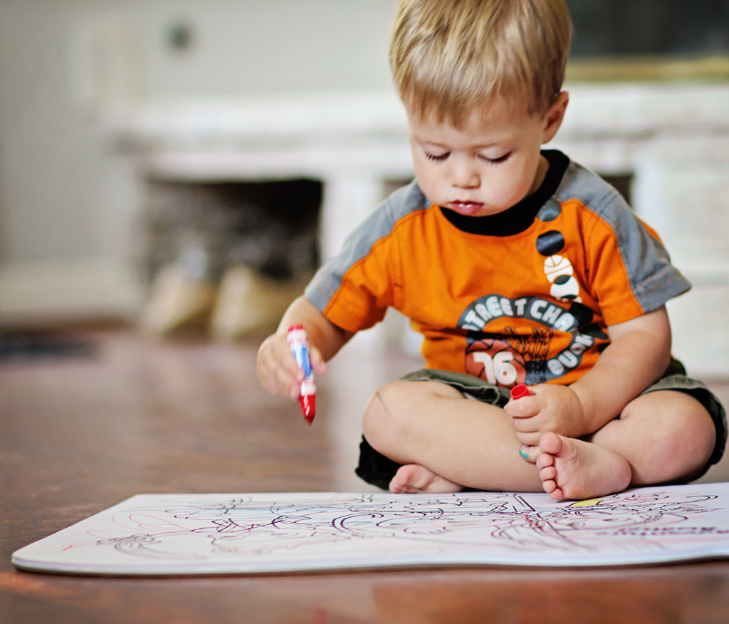 22-month-old-coloring-first-time