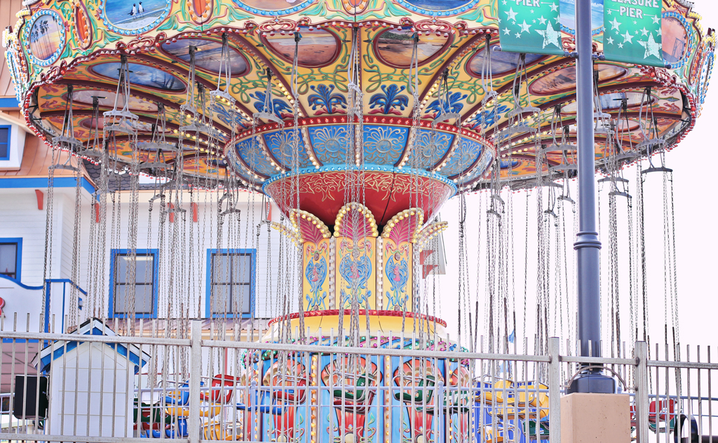 carousel-at-pleasure-pier-galvestn-texas