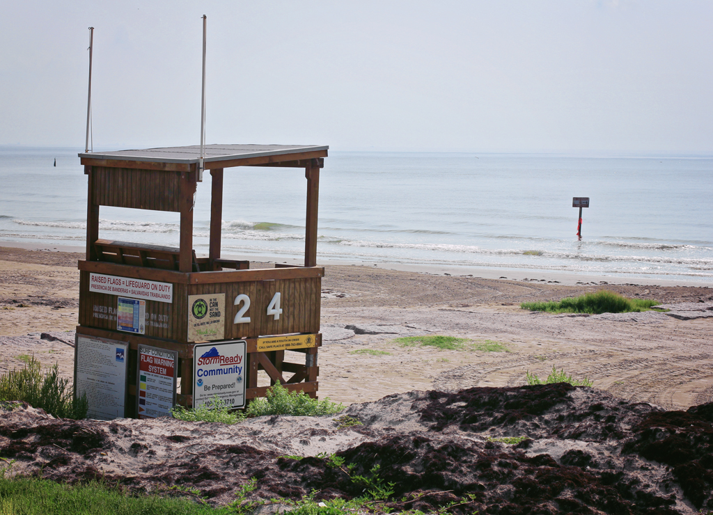life-guard-shack-galveston-texas-beach