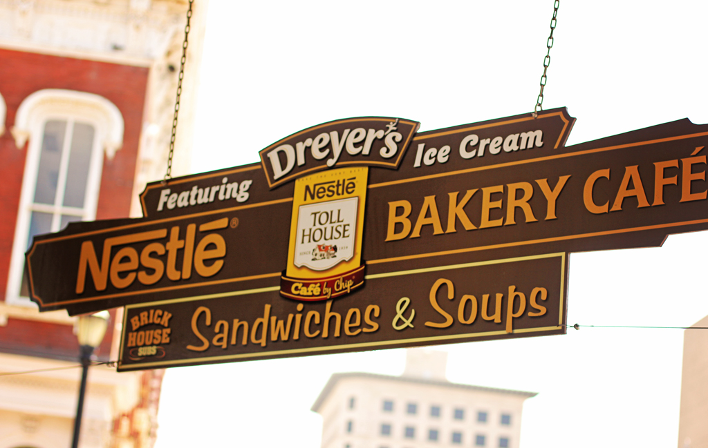 nestle-cafe-bakery-galveston-downtown