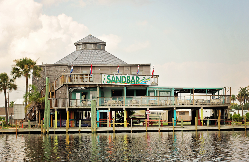 the-sandbar-grill-galveston-bay