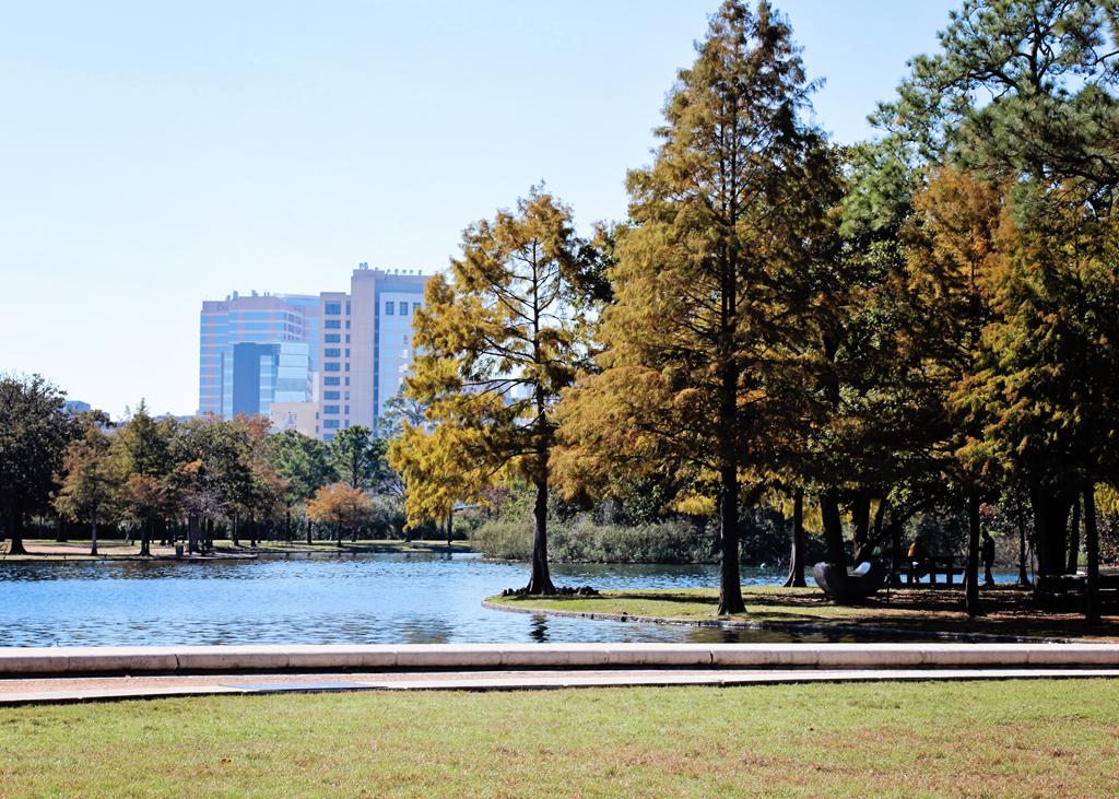 houston-texas-park-lake
