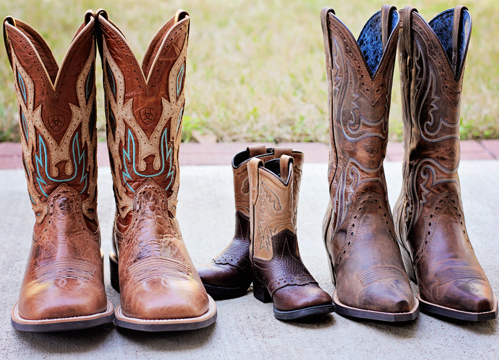 daddys-mommys-babys-cowboy-boots