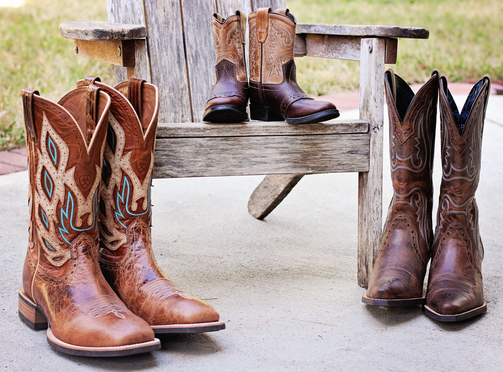 Family-of-cowboy-boots...daddy-mommy-toddlers