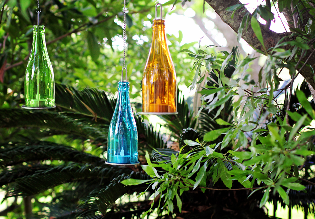 colored-bottle-garden-tee-lights