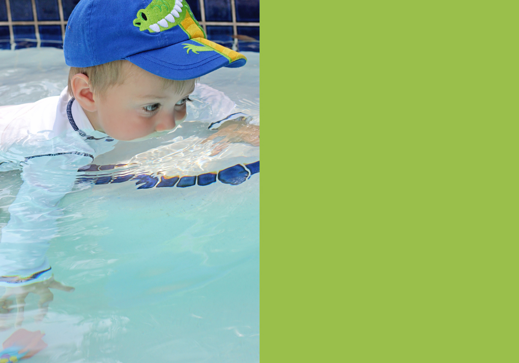 toddler-swimming-children-photography