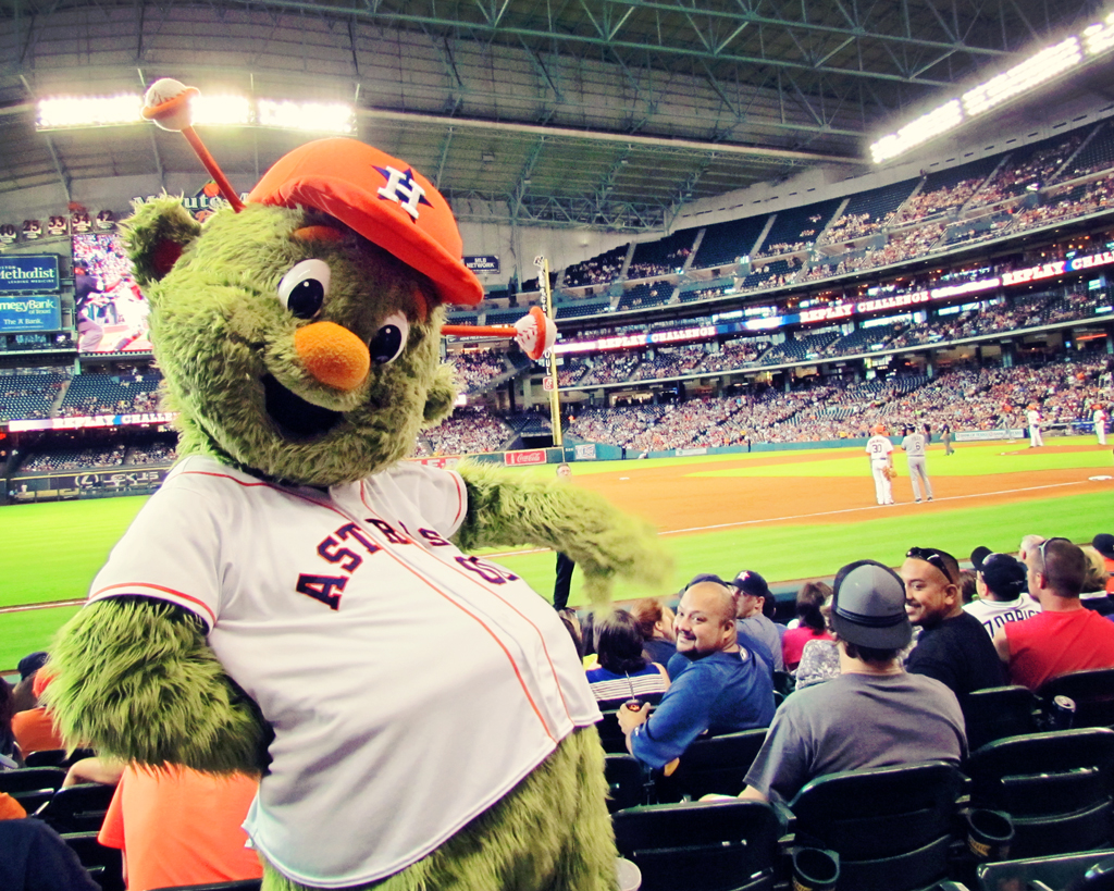 astros-orbit-mascot-baseball