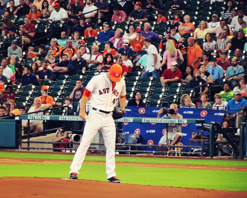 texas-astros-pitcher-baseball-game-houston-texas
