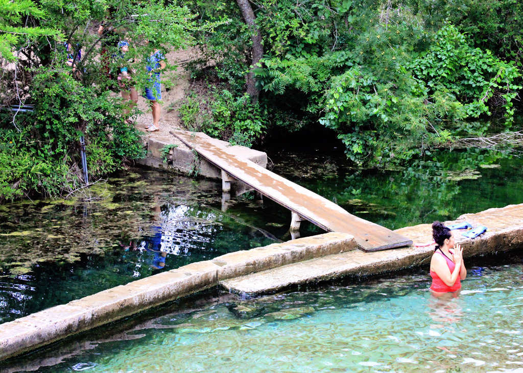 entrance-to-jacobs-well-artisian-springs