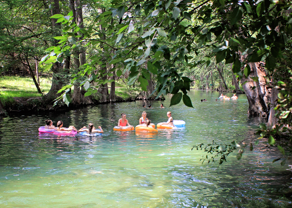 floating-on-tubes-on-cypress-creek-texas