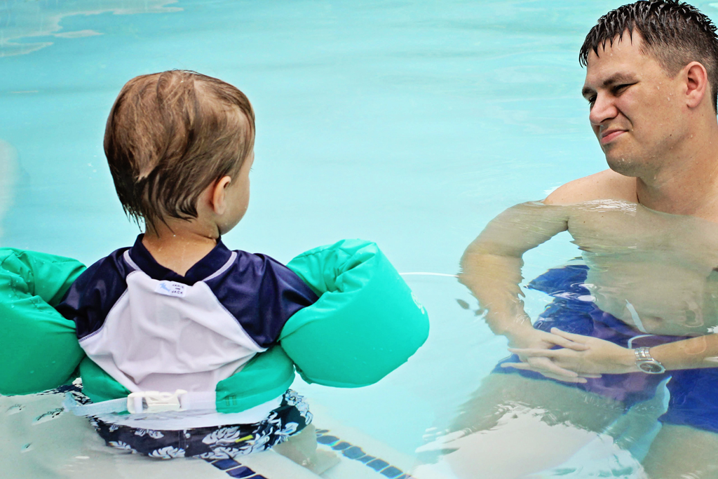 nolan-and-daddy-having-a-talk-in-the-pool
