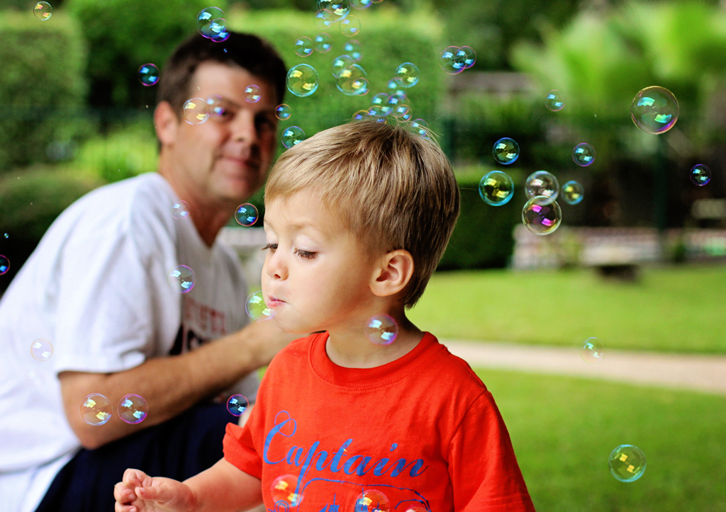 blowing-bubbles-outside