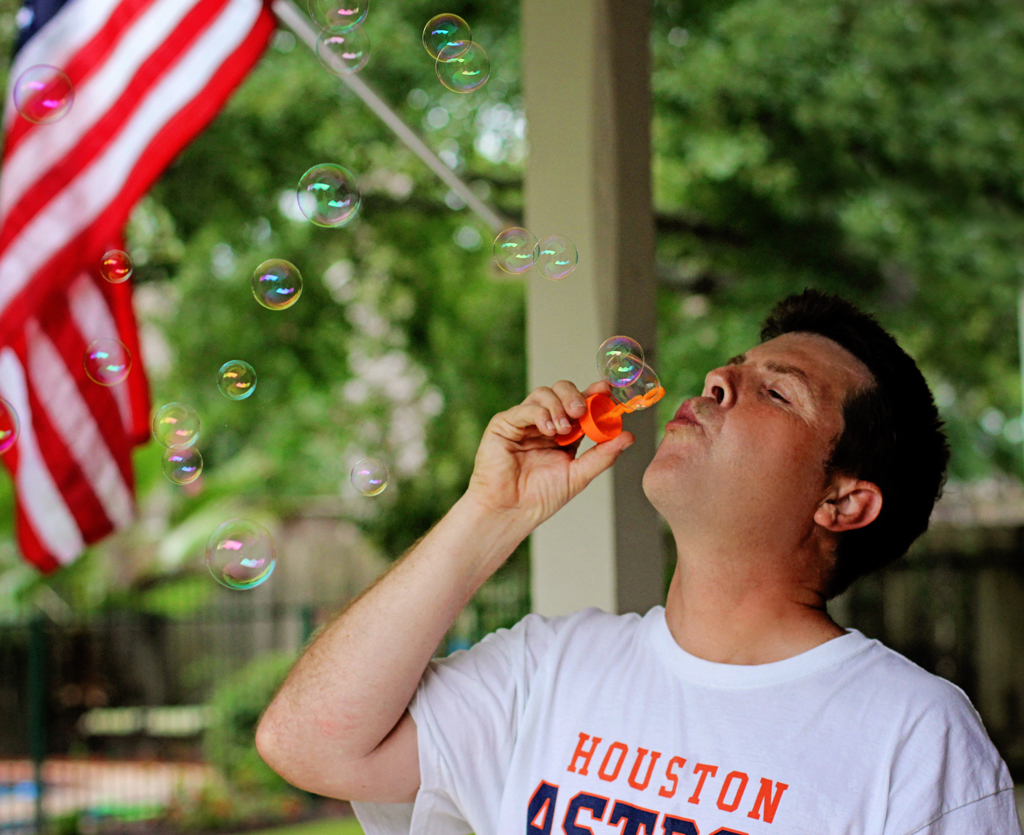 grandpa-in-houston-texas-blowing-bubbles2