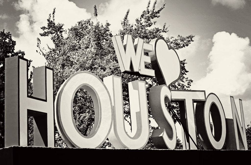 we-love-houston-4-x-6-bw