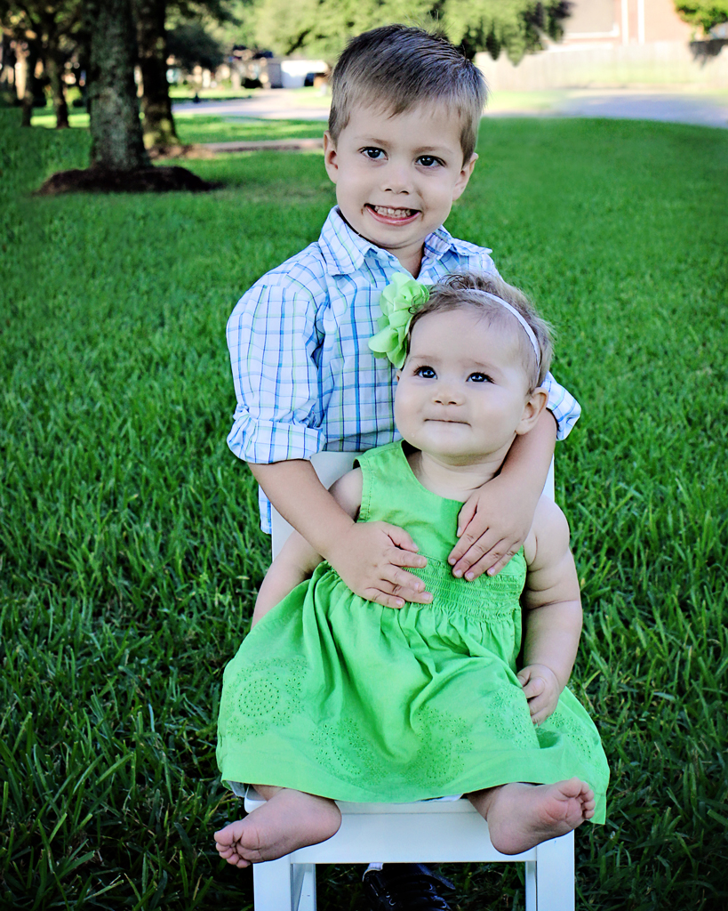 3-year-old-brother-6-month-old-sister-portrait