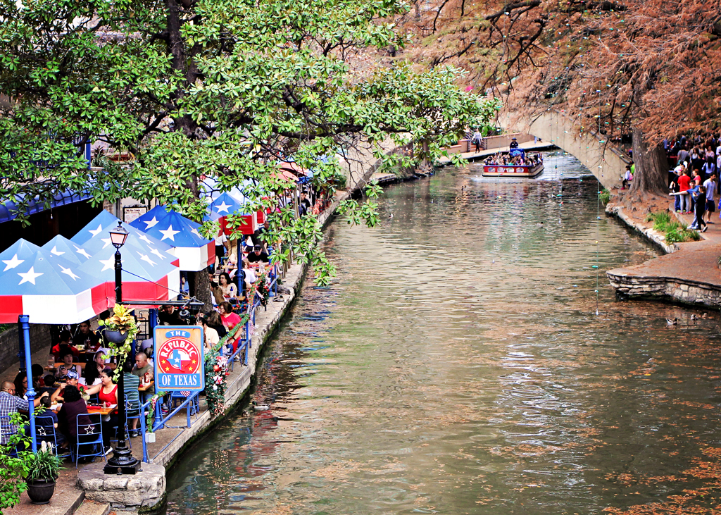 the-republic-of-texas-restaurant-riverwalk-san-antonio
