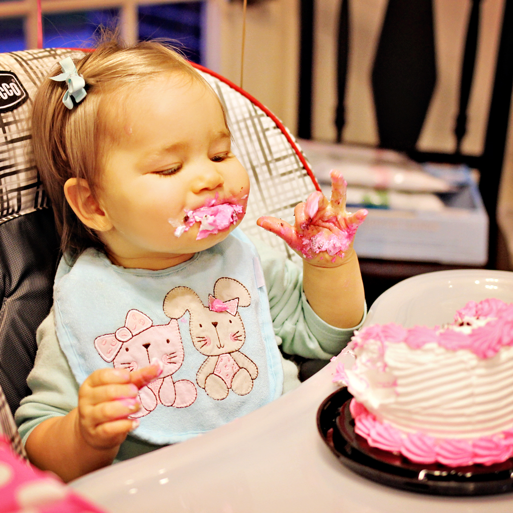 smash-cake-for-one-year-old