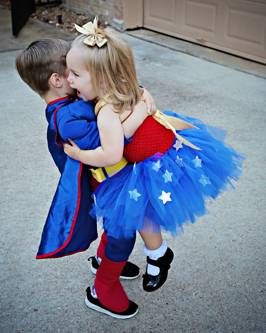 supermanwonderwomandancingkids